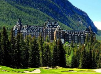 Canadian Gem: Fairmont Banff Springs